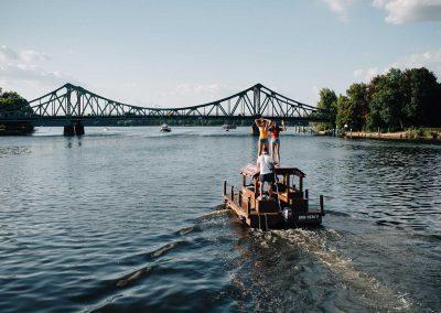 Floß auf dem Wasser in Potsdam